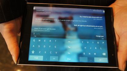 Version 2.0 of Jolla's operating system Sailfish has a split keyboard