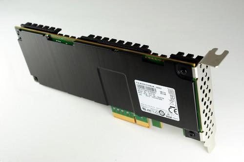 Samsung's SM1715 3.2TB drive