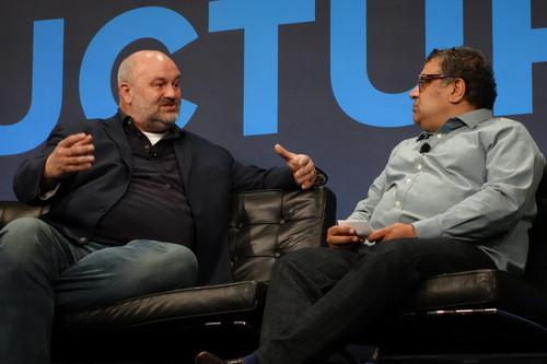Werner Vogels, left, talks with Gigaom's Om Malik at Gigaom Structure
