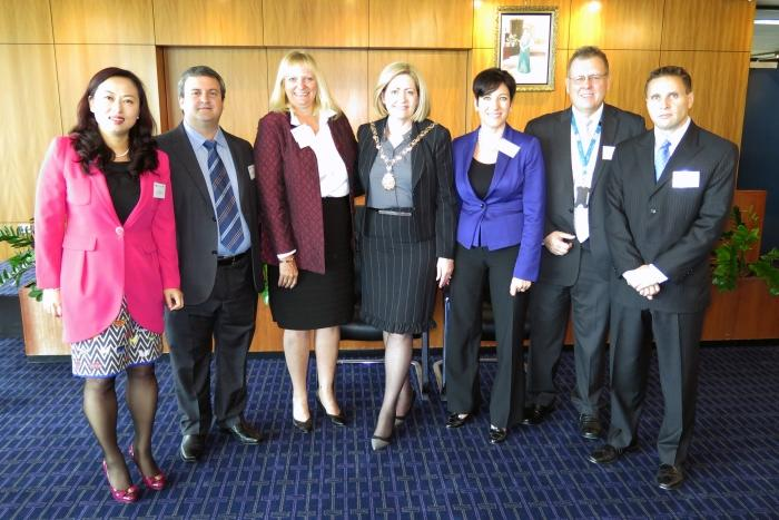 Lord Mayor of Perth, Lisa Scaffidi (center) and the IBM Smarter Cities Challenge team for Perth. Credit: IBM