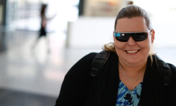 Telstra employee Kelly Schultz, who is blind, is testing the new app for the vision impaired