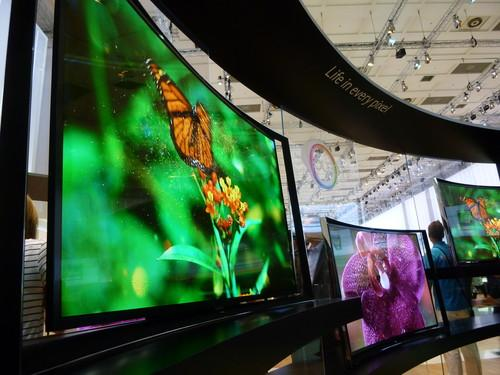 Samsung's curved 4K TV on show at IFA 2013 Berlin