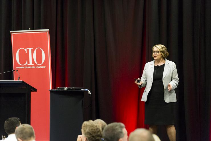Jenny Beresford of Gartner talks about 'surviving the storms of digital disruption' (Photo by Jason Creaghan)