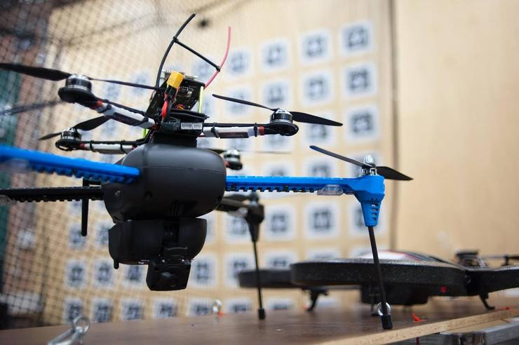 UTS researcher Dr Dinuka Abeywardena has calibrated a tiny camera to develop an intelligent drone that doesn't rely on GPS for navigation