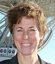 Dr Miriam Baltuck, managing the operations of the Canberra Deep Space Communication Complex.