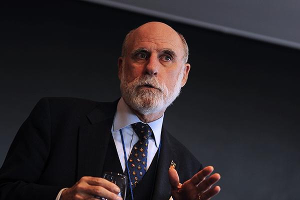 'Father of the internet' Vinton Cerf applauds Schmidt's work at Google over the past ten years.