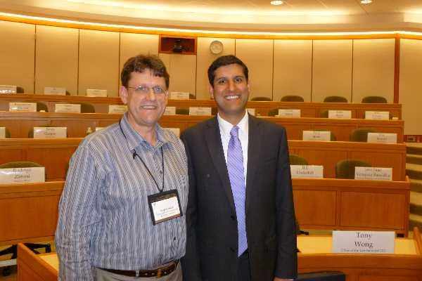 Scott Stewart and US Federal CIO, Vivek Kundra
