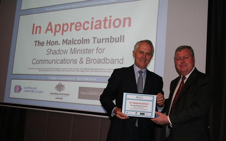 The 2011 Consensus Software Awards were presented at the Amora Jamison Hotel in Sydney on Wednesday 9th November by The Hon Malcolm Turnbull, Shadow Minister for Communuications & Broadband, pictured with Consensus Group founder and CEO, Julian Day