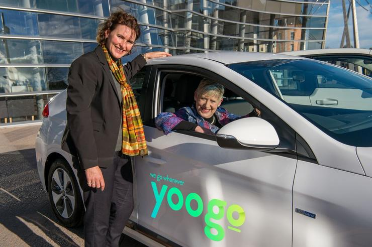Christchurch Mayor Lianne Dalziel with Yoogo general manager Kirsten Corson