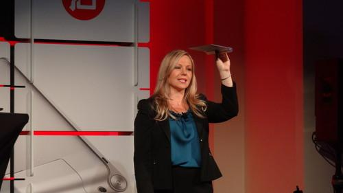 Lenovo's Ashley Rodrigue holding a Yoga tablet (1)