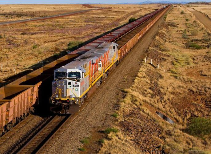 Rio Tinto 2017 iron ore exports up 1 percent, maintains 2018 guidance