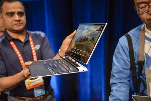 Intel's reference design for a hybrid laptop includes one-button, one-handed detachment of the tablet/display.
