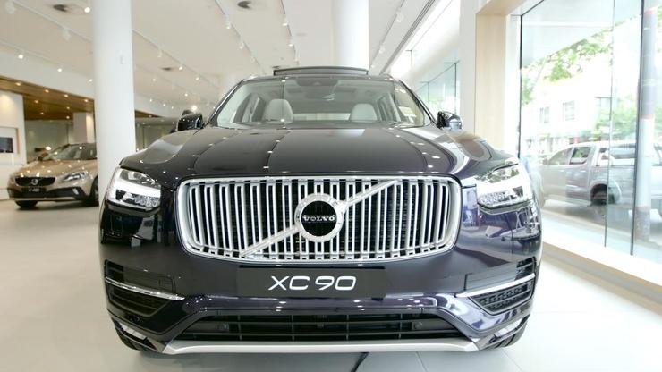 The driverless Volvo XC90