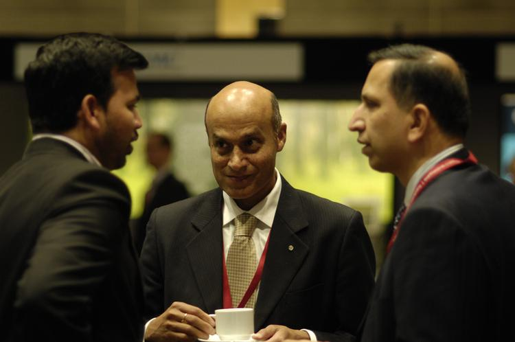 Slideshow cio summit 2009 part ii time to network - The net a porter group asia pacific limited ...