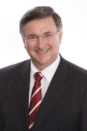 Kevin Noonan, Ovum