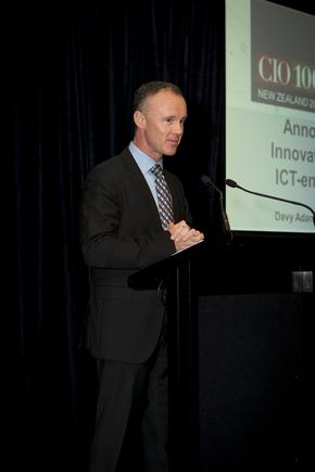 Davy Adams, managing director, IDG Communications ANZ (publisher of CIO New Zealand) announces the winners.