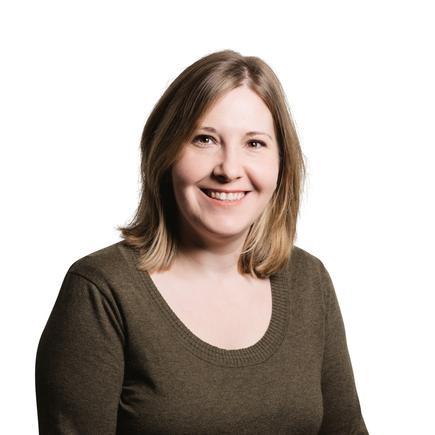 Dr Ellen Strickland