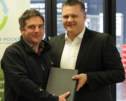 Farmer Nigel Taylor of Job Done with Fonterra Group Director Co-operative Affairs Miles Hurrell