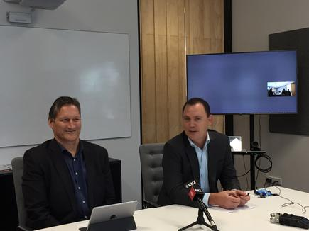 Russell Stanners and Mark Callander of Vocus Group explain the a joint venture to unbundle New Zealand's government-backed UFB fibre network (Photo by Divina Paredes)