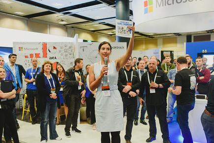 Dr Michelle Dickenson (aka NanoGirl) at the launch of the book 'Sounds Like a Game Changer: A Soon-to-Be Obsolete Collection of Technology Cartoons by Jim' at the Microsoft Ignite NZ 2016.