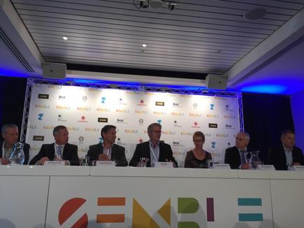 At the Semble launch in New Zealand: CEO Rob Ellis with the CEOs of the organisations behind the mobile wallet: Stewart Sherriff, 2degrees; Simon Moutter, Spark; Russell Stanners, Vodafone; Barbara Chapman, ASB; Anthony Healy, BNZ andMark Rushworth, Paymark.