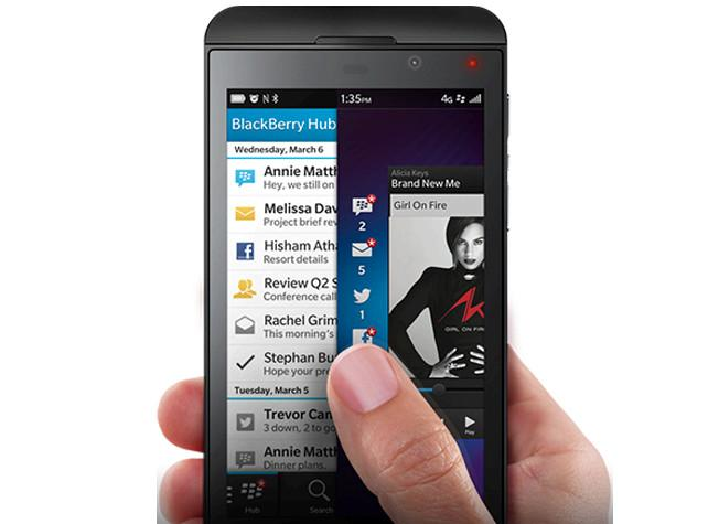 Peeking to look into the BlackBerry Hub feature on the Z10.
