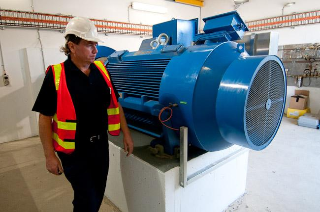A worker at the Mount View Reservoir mini-hydro electricity plant in Glen Waverley